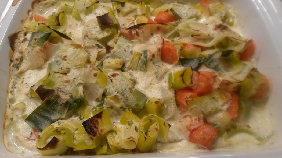 Porree-Möhren-Kartoffelauflauf mit Kasseler aus demBratschlauch